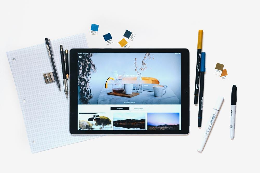 Cajón de notas de un taller gráfico - Envíanos tu Currículum